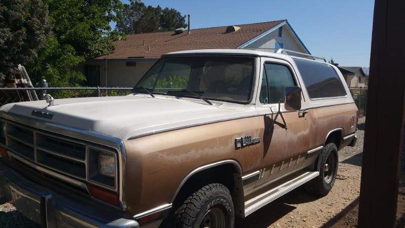 Image of 1987 Dodge Ram Charger & 1973 Dilly Boat